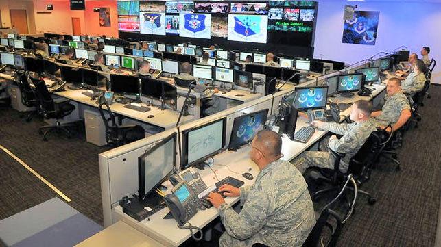 Ciberguerra-guerra_electronica-USAF-Fuerza_Aerea-_USA_EDIIMA20160620_0077_5