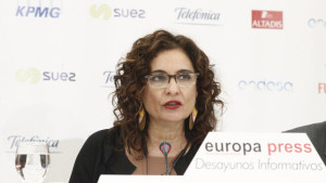 Montero-ofrece-encabezar-PSOE-Sevilla_EDIIMA20190226_0183_4