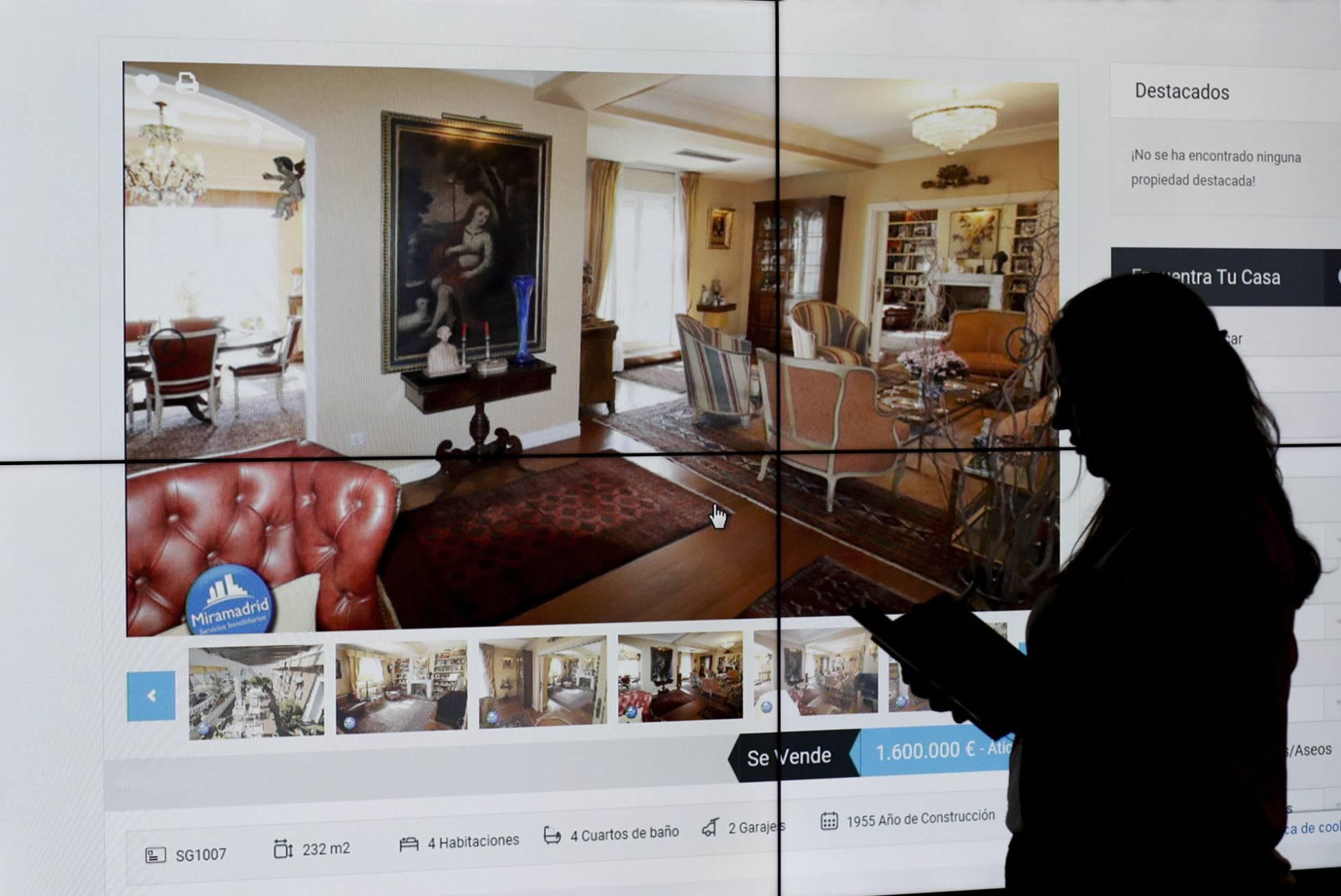 09f966a97 El anuncio describe un piso señorial de corte moderno en el corazón del  barrio de Argüelles. Las vistas, a través de grandes ventanales, son de 360  grados ...
