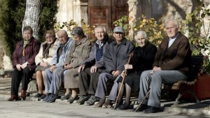 gasto-pensiones-crece-octubre-millones_EDIIMA20151027_0121_18